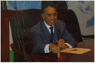 الأستاذ الدكتور إزيد بيه ولد محمد محمود . جامعة نواكشوط العصرية .