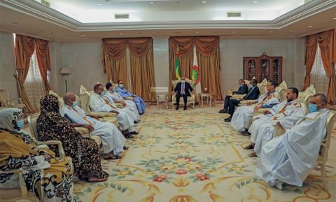 الرئيس خلال آخر لقاء مع النواب، وكان مع نواب الحوض الغربي (أرشيف)