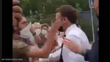 ماكرون تلقى صفعة مفاجأة على وجهه