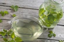 شرب الماء صباحا قبل شرب أي شيء آخر من أهم الأشياء التي تقدمها لجسمك (دويتشه فيله)
