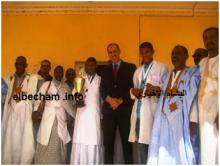 حفل تكريم المتفوقين في الرالي سنة 2017  في ألاك  من طرف الوالي عبد الرحمن ولد خطري( أرشيف البشام )